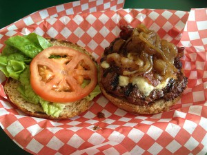Honolulu-Burger-51